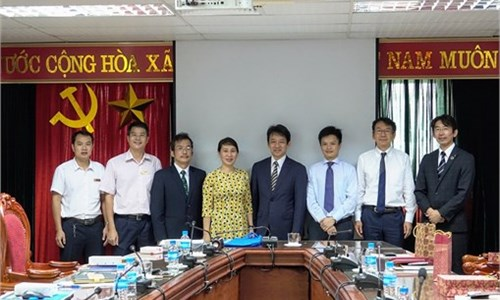 Delegation from Kanazawa Institute of Technology, Japan pays a visit to Hanoi University of Industry