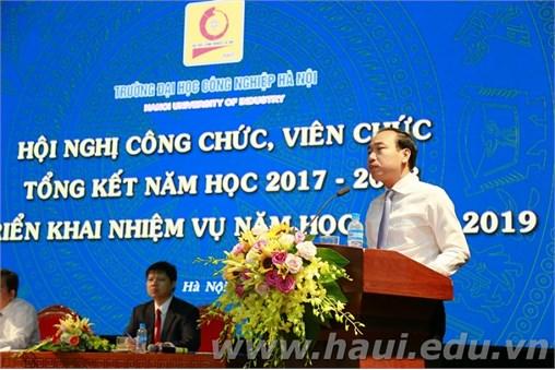 Hội nghị Công chức, viên chức, tổng kết năm học 2017-2018 và triển khai nhiệm vụ năm học 2018-2019