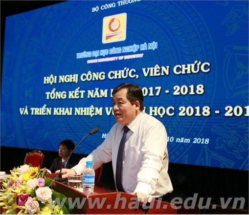 Hội nghị Công chức, viên chức, tổng kết năm học 2017 - 2018 và triển khai nhiệm vụ năm học 2018 - 2019