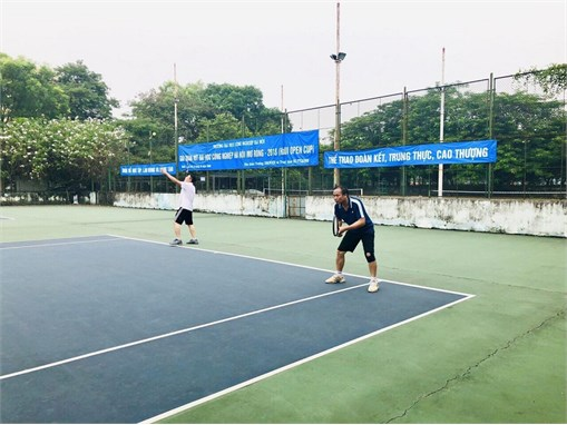Khai mạc Giải quần vợt Đại học Công nghiệp Hà Nội mở rộng 2018