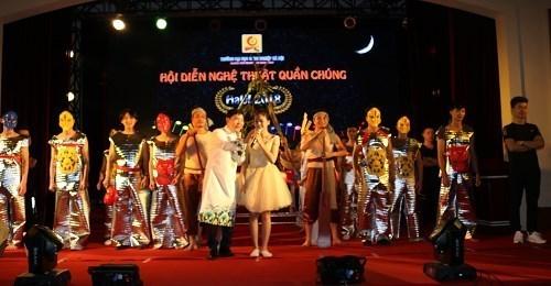 Hội diễn nghệ thuật quần chúng năm 2018 liên quân Khoa Công nghệ thông tin và Trung tâm đào tạo sau đại học – Trường Đại học Công nghiệp Hà Nội.
