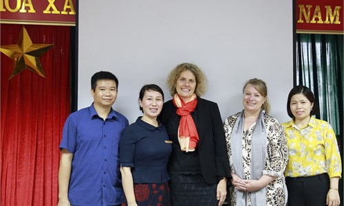 Hanoi University of Industry meets with Queenlands University of Technology