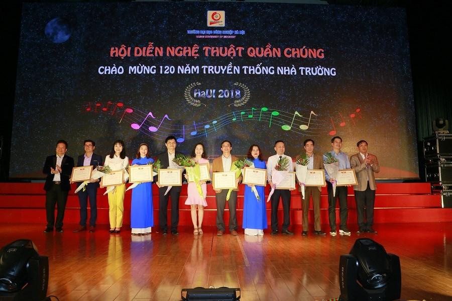 Hương sắc Hội diễn nghệ thuật quần chúng chào mừng kỷ niệm 120 năm truyền thống ĐHCNHN
