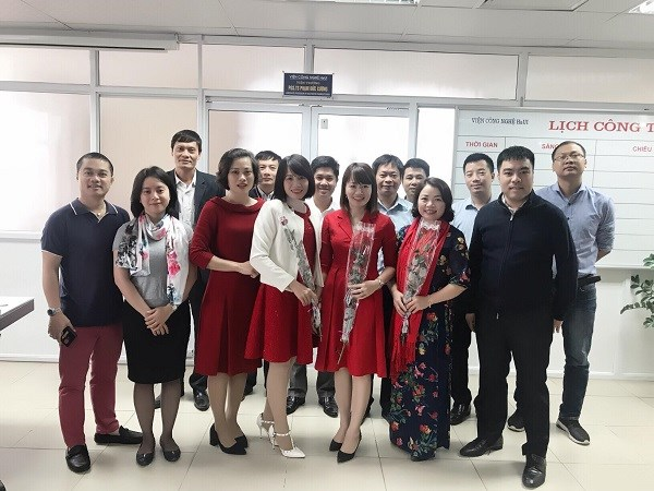 Công đoàn Phòng KHCN – Viện CN HaUI tổ chức gặp mặt, chúc mừng chị em nhân ngày phụ nữ Việt Nam 20/10