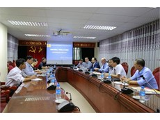 Hanoi University of Industry meets with Hoffman Group, Germany to discuss cooperation opportunities.