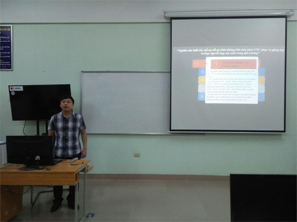 Họp xét đề tài nghiên cứu khoa học cấp Trung tâm năm học 2018 - 2019
