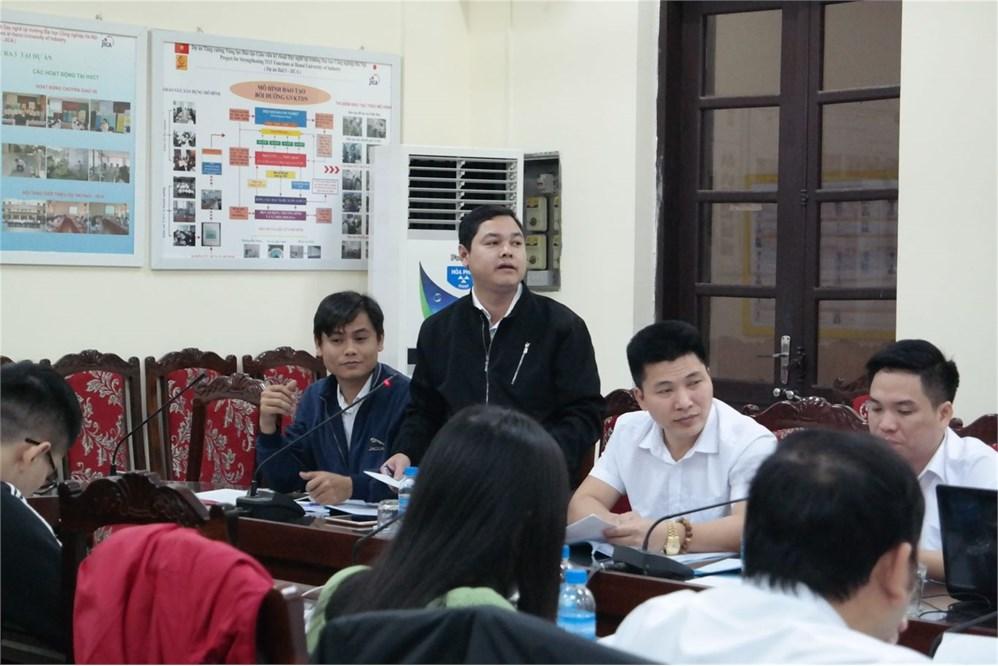 Hội thảo góp ý xây dựng ngân hàng câu hỏi trắc nghiệm, đề thi thực hành đánh giá kỹ năng nghề Công nghệ thông tin