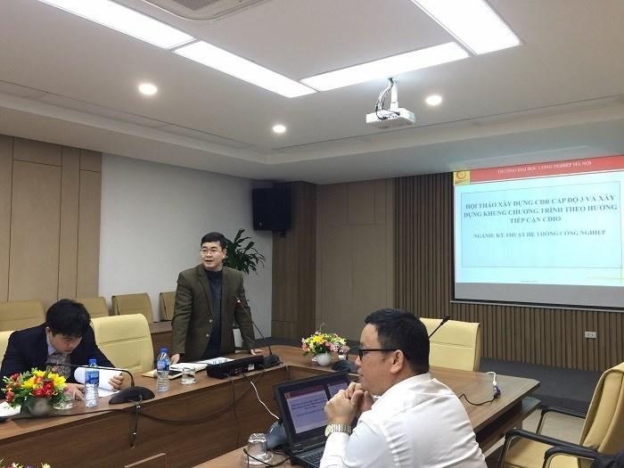 Hội thảo lấy ý kiến về chuẩn đầu ra và khung chương trình đào tạo ngành Kỹ thuật Hệ thống Công nghiệp