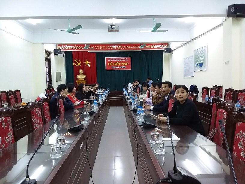 Lễ kết nạp Đảng viên mới- Lê Chí Thanh.