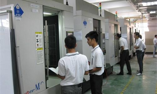 Hoạt động thực tập tại Trung Tâm Hồng Hải.