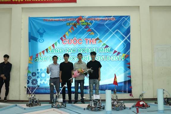 Chung kết cuộc thi sáng tạo Robot mini khoa Điện 2018-2019