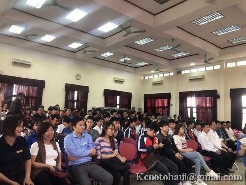 Tuổi trẻ sinh viên và cán bộ giảng viên khoa công nghệ tham gia `Ngày hội Xuân hồng 2019`