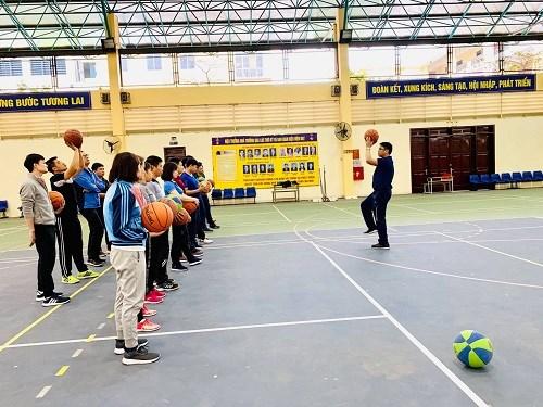 Tập huấn nâng cao trình độ môn Bóng rổ cho giảng viên, giáo viên Trung tâm Giáo dục Thể chất và Thể thao năm học 2018 – 2019