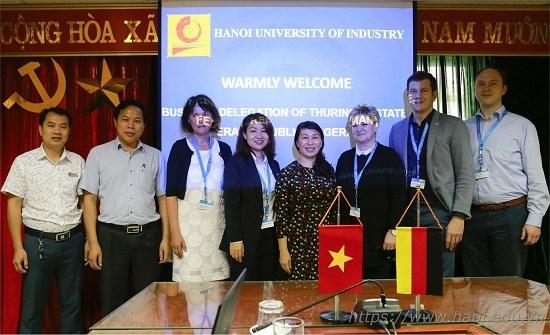 Trường Đại học Công nghiệp Hà Nội tiếp đoàn doanh nghiệp bang Thuringen, CHLB Đức