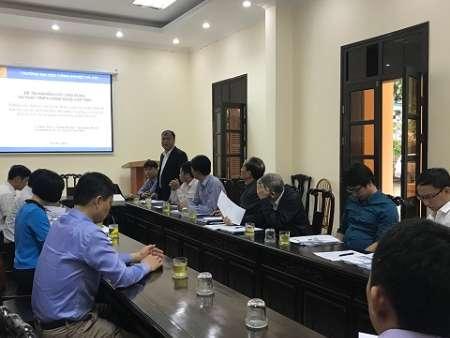 Hội đồng tư vấn tuyển chọn thực hiện đề tài cấp tỉnh về hệ thống giám sát và thu thập dữ liệu trực tuyến của bệnh nhân tại Bệnh viện Đa khoa tỉnh Hà Nam