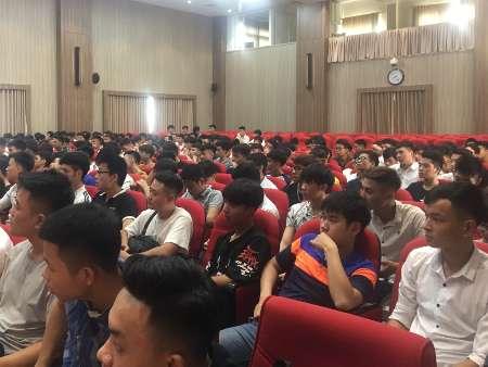 Cố vấn học tập cho sinh viên hệ đại học K13 học kỳ phụ hè 2019