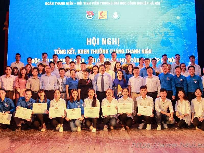 Tổng kết Tháng Thanh niên và Trao giải cuộc thi I Choose HaUI