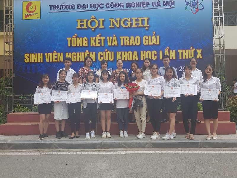 Hội nghị tổng kết và trao giải sinh viên NCKH lần thứ X-HaUi