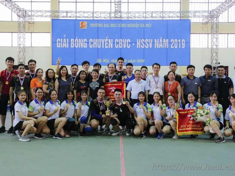 Bế mạc giải Bóng chuyền cán bộ, viên chức, sinh viên Đại học Công nghiệp Hà Nội năm 2019
