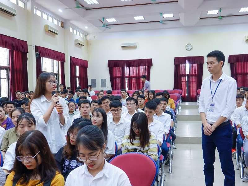 Cơ hội việc làm hấp dẫn tại Tập đoàn KHKT Hồng Hải cho sinh viên K11