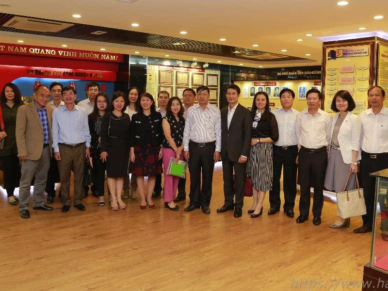 Khảo sát và trao đổi về công tác thi đua khen thưởng tại trường Đại học Công nghiệp Hà Nội