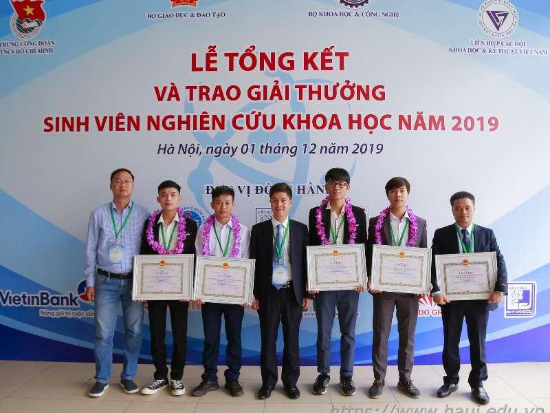 """Sinh viên Đại học Công nghiệp Hà Nội đạt giải Ba """"Sinh viên nghiên cứu khoa học"""" năm 2019"""
