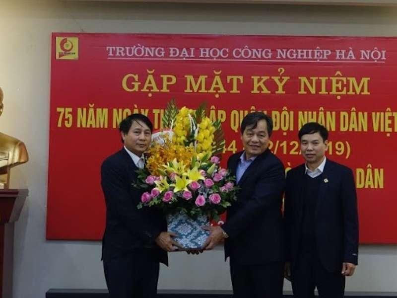 Gặp mặt thân mật cựu chiến binh, cựu quân nhân Trường Đại học Công nghiệp Hà Nội