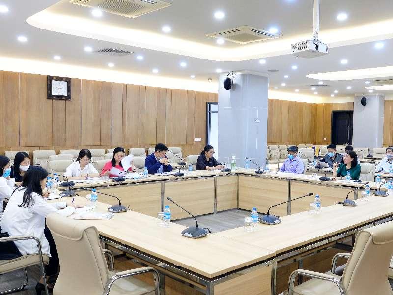 Sở Y tế Hà Nội làm việc với Đại học Công nghiệp Hà Nội về công tác phòng chống dịch bệnh Covid-19