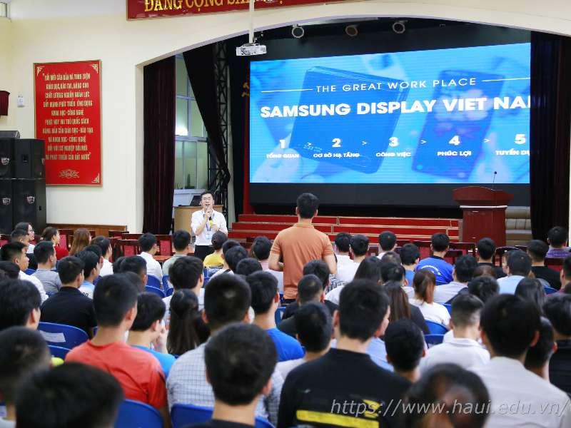 Sinh viên với cơ hội việc làm tại Công ty TNHH Samsung Electronics Việt Nam
