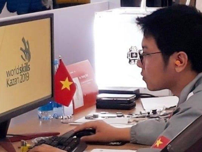 """Vũ Trọng Đạt - SV khoa Cơ khí Đại học Công nghiệp Hà Nội tự hào """"Người thợ trẻ giỏi"""""""
