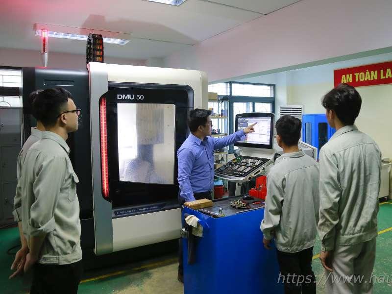 Đào tạo ngành Công nghệ kỹ thuật khuôn mẫu - Giải pháp cho các doanh nghiệp tại Việt Nam