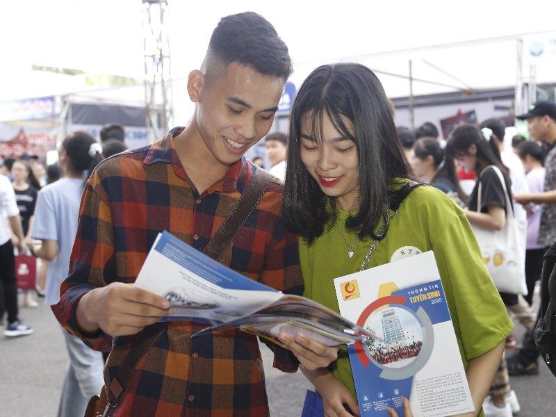 Chọn Đại học Công nghiệp Hà Nội để xây dựng tương lai, tại sao?