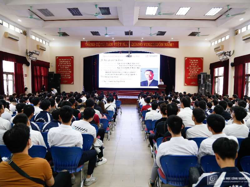 1000 cơ hội việc làm tại Tập đoàn Khoa học Kỹ thuật Hồng Hải Foxconn dành cho sinh viên Đại học Công nghiệp Hà Nội