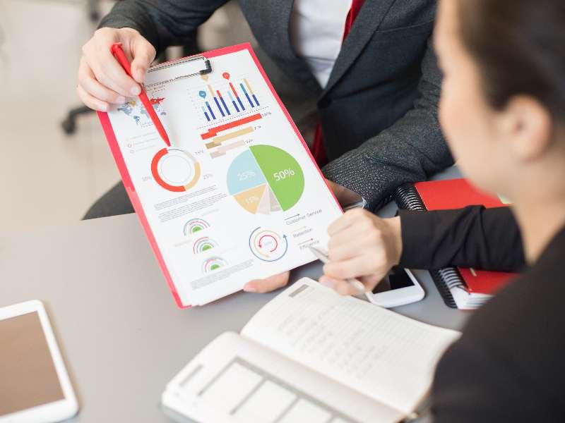 Phân tích dữ liệu kinh doanh và tương lai của ngành trong kỷ nguyên số