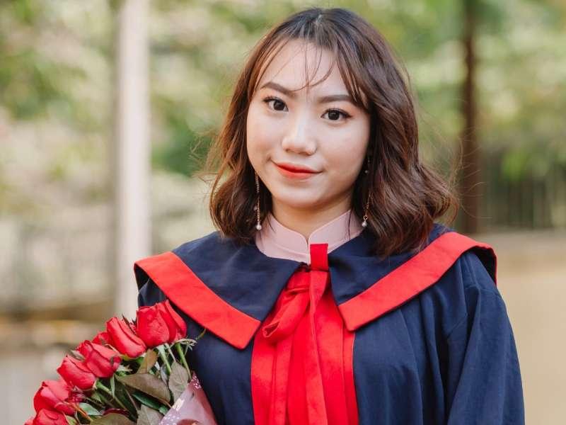 Nữ sinh tốt nghiệp xuất sắc, thủ khoa đầu ra của Đại học Công nghiệp Hà Nội năm 2021